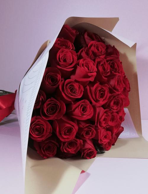 Ramo de rosas rojas flores envio a domicilio